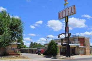 the one and only Kickapoo Motel